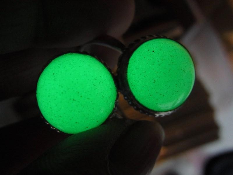 แหวนหินมณีรัตติกาล เบอร์ 59 (หินเรืองแสง)ตัวเรือนเงินแท้