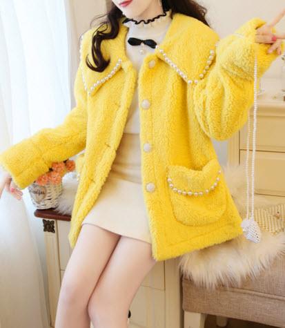 พรีออเดอร์ โค้ทกันหนาว เสื้อกันหนาว ใส่ไปต่างประเทศ เสื้อผ้าแฟชั่น เกาหลี สี ขาว ชมพู เหลือง