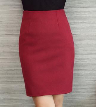พร้อมส่ง กระโปรงแดง กระโปรงแฟชั่น กระโปรง สวย ๆ สไตลเกาหลี ใส่ทำงาน ผ้าขนสัตว์ สี แดง