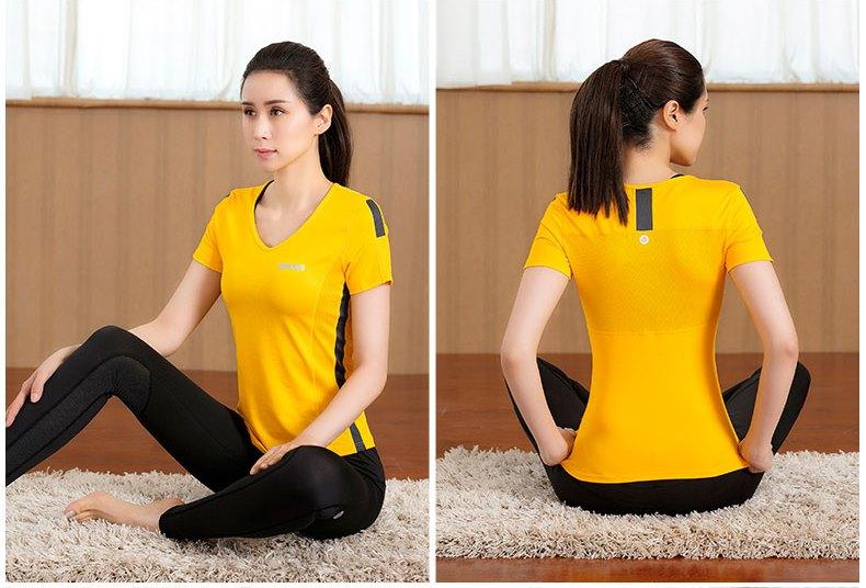 **2 ชิ้น size M/L/XL  สีเหลือง ชุดออกกำลังกาย/โยคะ/ฟิตเนส เสื้อแขนสั้น+กางเกงขายาว