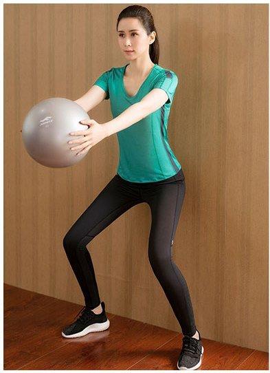 **2ชิ้น  size M/L/XL  สีเขียว ชุดออกกำลังกาย/โยคะ/ฟิตเนส เสื้อแขนสั้น+กางเกงขายาว
