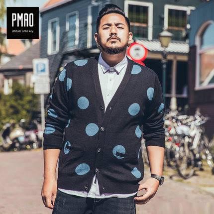 ขนาด:2XL 3XL 4XL 5XL 6XL สี:ดำ เสื้อคนอ้วน เสื้อผ้าผู้ชาย ขนาดใหญ่ เสื้อกันหนาว