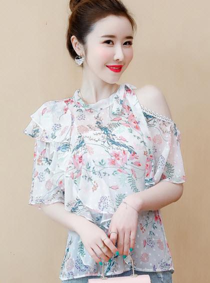 พรีออเดอร์ เสื้อแฟชั่น แขนสั้น ปาดไหล่ เปิดไหล่ สไตลเกาหลี สีขาว เสื้อชีฟอง ลายดอกไม้