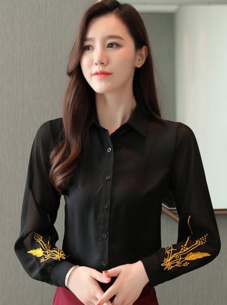 พรีออเดอร์ เสื้อแฟชั่น แขนยาว ปักดอกไม้ที่ข้อมือ เสื้อเชิ้ต ชุดทำงานผู้หญิง สี ดำ