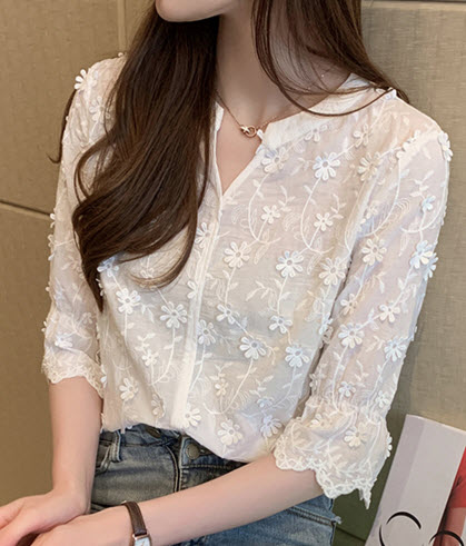 พรีออเดอร์ เสื้อแฟชั่น แขนสั้น เสื้อคอจีน ปักลายดอกไม้สีขาว ใส่ทำงานได้ เสื้อผ้าเกาหลี สี ขาว