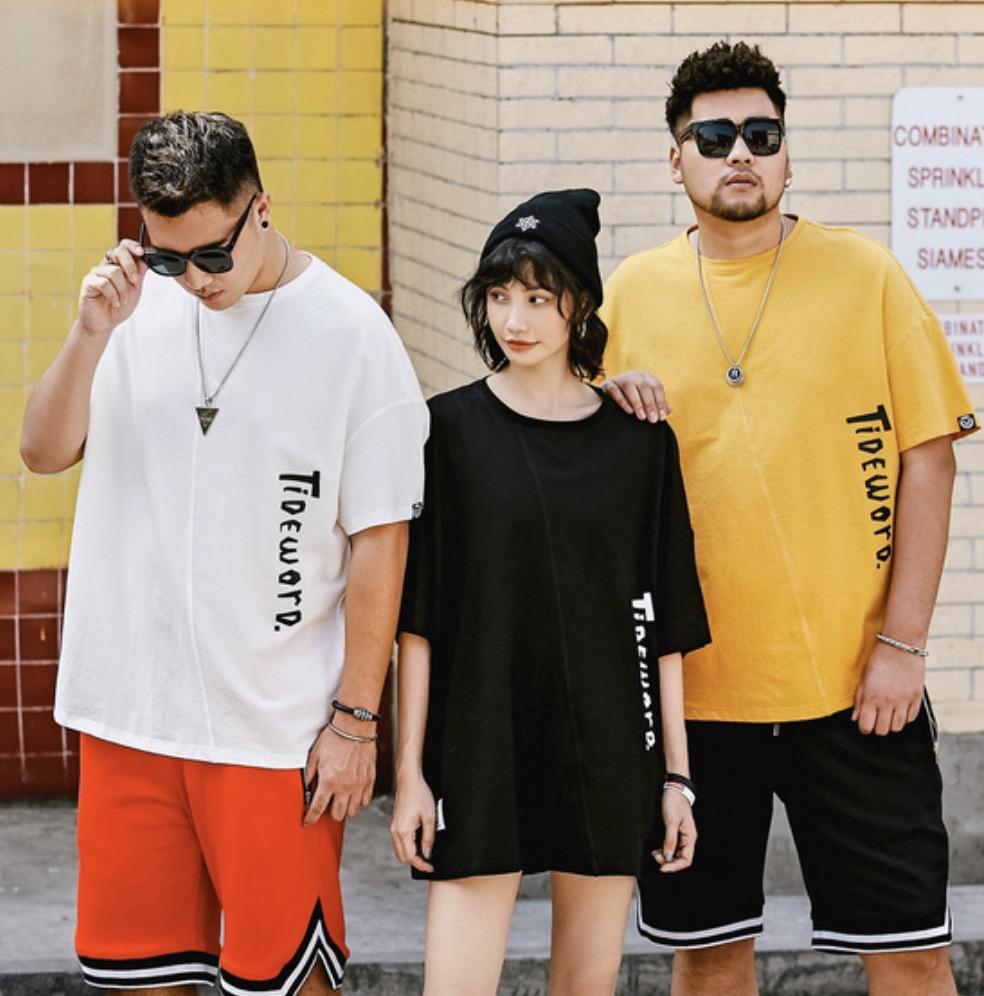 ขนาด: 2XL 3XL 4XL 5XL 6XL สี:ดำ/เหลือง เสื้อคนอ้วน เสื้อผ้าผู้ชาย ขนาดใหญ่ เสื้อยืด แขนสั้น