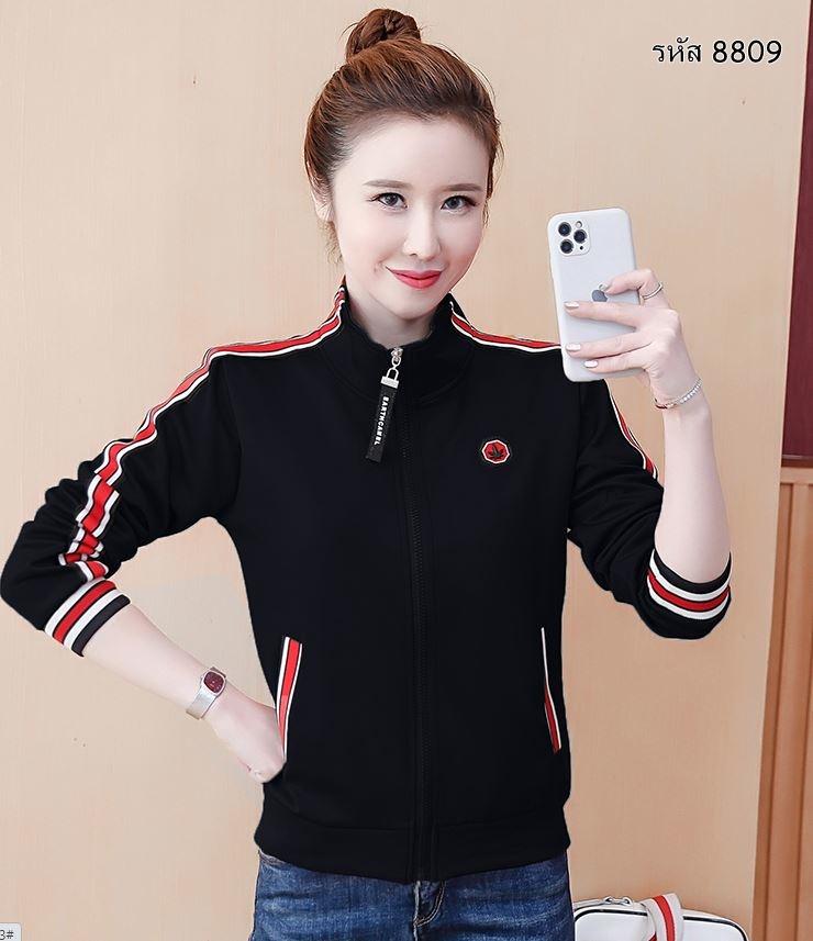 เสื้อแจ๊คแกตแขนยาว มีชิปหน้า สีดำ