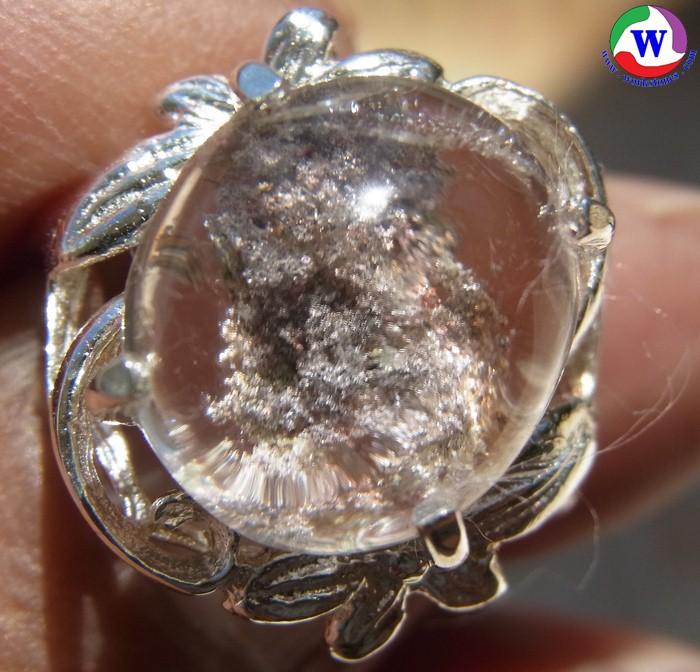 แหวนเงินหญิง 5.82 กรัม เบอร์ 56 ครึ่ง แก้วโป่งข่ามนำโชค ชนิดแก้วปวกสีม่วงอ่อนอมชมพู รูปลักษณ์คล้ายพระพิฆเนศ เมืองเถิน ลำปาง