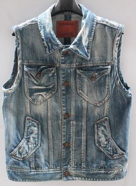 รอบอก 38  เสื้อผ้าผู้ชาย TBJ jeans ยีนส์ เสื้อกั๊กยีนส์ ฟอกลุ่ย