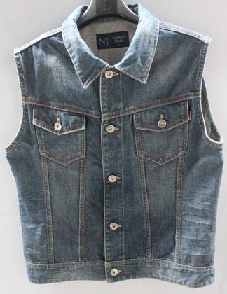 รอบอก 37  เสื้อผ้าผู้ชาย NJ jeans ยีนส์ เสื้อกั๊กยีนส์ ฟอกลุ่ย