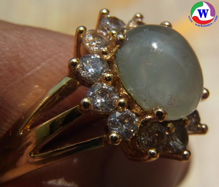 แหวนทองเหลืองหญิง 4.75 กรัม เบอร์ 61 แก้วโป่งข่ามนำโชค ชนิดแก้วฟ้านวลล้อม cz เส้นผ่าวงใน 20 มม.