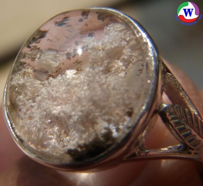 แหวนเงินหญิง 925 หนัก 4.92 กรัม เบอร์ 56 ครึ่ง แก้วโป่งข่ามนำโชค ชนิดแก้วปวกฟูสีขาวอมชมพู ฟูสวยแซมปวกเขียว