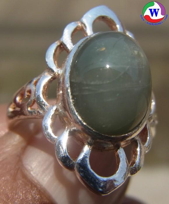 แหวนเงินหญิง 925 หนักรวม 4.25 กรัม เบอร์ 55 แก้วโป่งข่ามนำโชค ชนิดแก้วฟ้าอมเทา เมืองเถิน ลำปาง