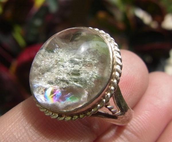 แหวนแก้วโป่งข่ามนำโชค เบอร์ 60 ครึ่ง แก้วตะข่ายเงินแวววาว+กาบรุ้ง ตัวเรือนเงินแท้