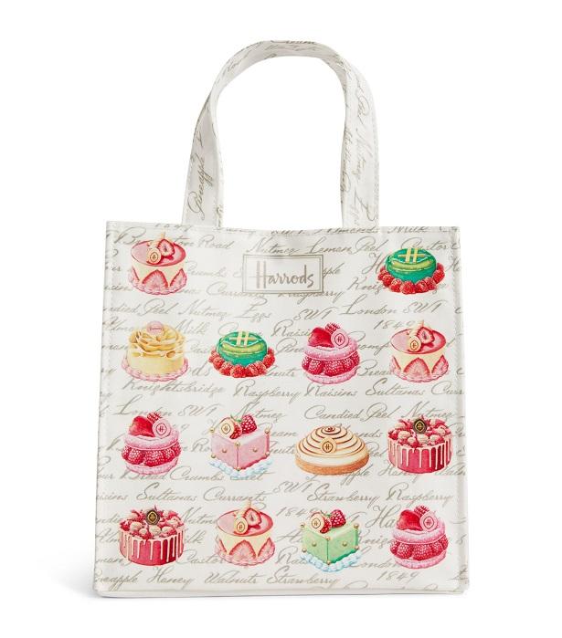 กระเป๋า Harrods แท้  รุ่น Small Cakes and Bakes Shopper Bag (กระดุม)***พร้อมส่ง