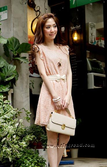 เดรส ชุดเดรส ชุดกระโปรง เดรสลำลอง สีชมพู สีครีม ไซส์ M L เดรสน่ารัก Dress ผู้หญิง แฟชั่นเกาหลีหญิง