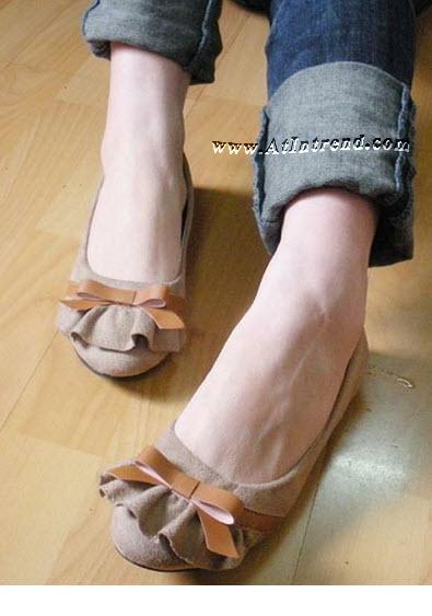 รองเท้า มี3สี รองเท้าผู้หญิง รองเท้าแฟชั่นผู้หญิง รองเท้าหุ้มข้อ รองเท้าหุ้มส้น รองเท้าผู้หญิงหุ้มส้น สีครีม สีดำ สีน้ำเงิน รองเท้าหญิงน่ารักๆ รองเท้าทำงาน ไซส์ 35 36 37 38 39 แฟชั่นหญิงเกาหลี รองเท้าเกาหลี