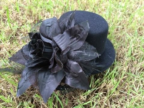 ++พร้อมส่ง++ กิ๊บหมวกดอกไม้สีดำสุดอลังการ น่ารัก