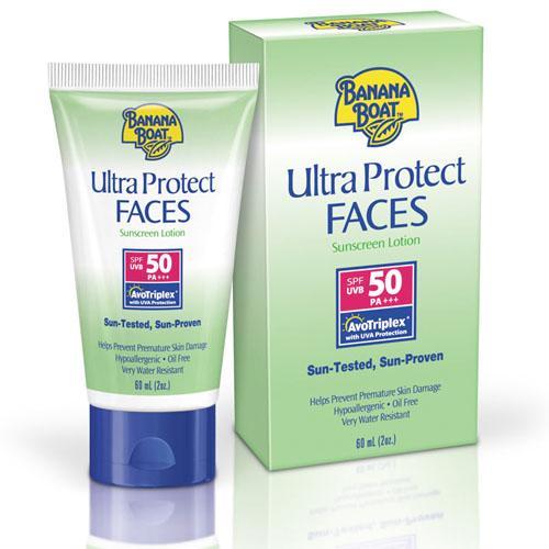 **พร้อมส่ง**Banana Boat Ultra Protect Faces Sunscreen Lotion SPF 50 PA+++ 60ml. โลชั่นกันแดดสำหรับปกป้องผิวหน้าทาได้ทุกวันเนื้อครีมบางเบาซึมซาบเร็ว ไม่เหนียวเหนอะหนะ ปราศจากน้ำมันและน้ำหอมไม่อุดตันรูขุมขน มีส่วนผสมของว่านหางจระเข้และวิตามิน E ช่วยให้ผิวเน