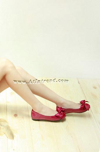 รองเท้า รองเท้าผู้หญิง รองเท้าหุ้มส้น ติดโบว์ สีดำ สีขาวครีม สีน้ำเงิน สีทองอ่อน สีแดง ไซส์ 34 35 36 37 38 39 รองเท้าแฟชั่นผู้หญิง รองเท้าหญิงน่ารักๆ แฟชั่นหญิงเกาหลี