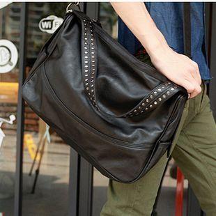เสื้อผ้าผู้ชายผู้หญิงราคาถูก กระเป๋าแฟชั่น กระเป๋าสะพาย มี สีดำ